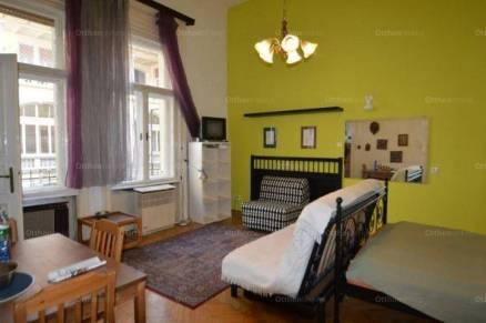 Eladó lakás, Budapest, Belváros, Károly körút, 1 szobás