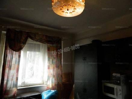 Eladó 2 szobás családi ház Győr