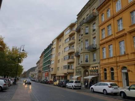Budapest eladó lakás Vízivárosban a Lánchíd utcában, 97 négyzetméteres