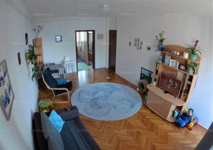 Tatabányai eladó lakás, 2+1 szobás, Ifjúság utca 19-ben
