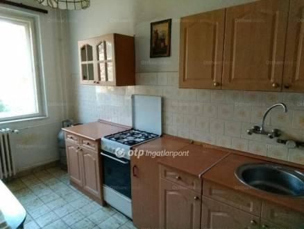 Szolnoki lakás eladó, 56 négyzetméteres, 2 szobás