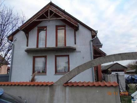 Pilis családi ház eladó, 4 szobás