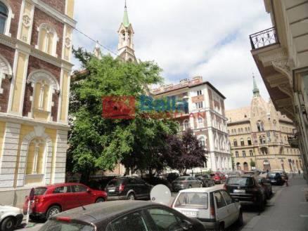Eladó lakás, Budapest, Lipótváros, Hold utca, 2+1 szobás