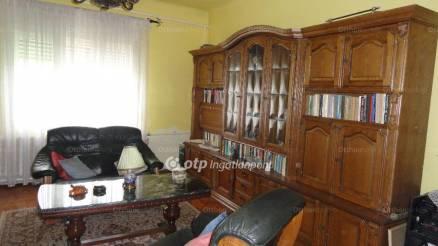 Salgótarjáni eladó lakás, 3 szobás, Salgó puszta