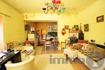 Budapesti eladó sorház, 3+1 szobás, 145 négyzetméteres