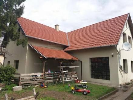 Eladó 4 szobás családi ház Sashalmon, Budapest, Margit utca