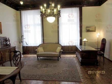 Budapesti lakás kiadó, Lipótvárosban, Akadémia utca, 2+1 szobás