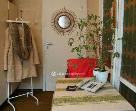 Budapest eladó lakás, Rákoskeresztúr, Pesti út, 53 négyzetméteres