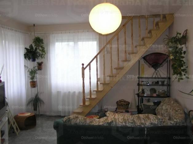 Kiskunlacháza 6 szobás ház eladó