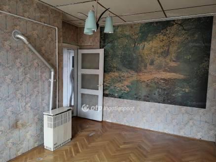 Eladó lakás Laposdűlőn, 1+1 szobás