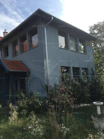 Alsóörsi családi ház eladó, 150 négyzetméteres, 4 szobás