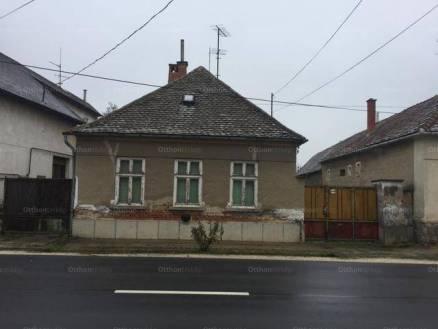 Gencsapáti eladó családi ház, 2 szobás, 50 négyzetméteres
