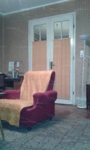Törökszentmiklósi családi ház eladó, 94 négyzetméteres, 3 szobás