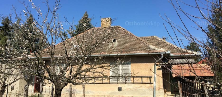 Kaposvári családi ház eladó Balaton utca, 100 négyzetméteres