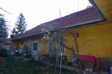 Egeri családi ház eladó, 150 négyzetméteres, 3 szobás