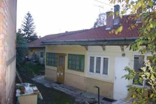 Egeri eladó családi ház, 3 szobás, 150 négyzetméteres