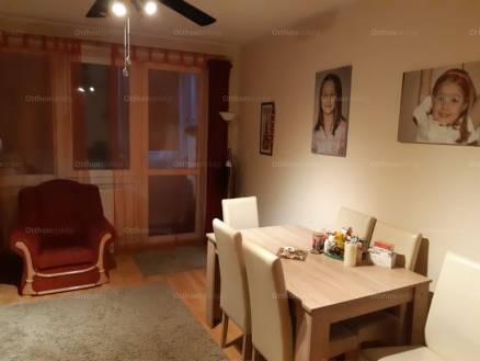 Tatabányai eladó lakás, 3 szobás, Sárberki lakótelep