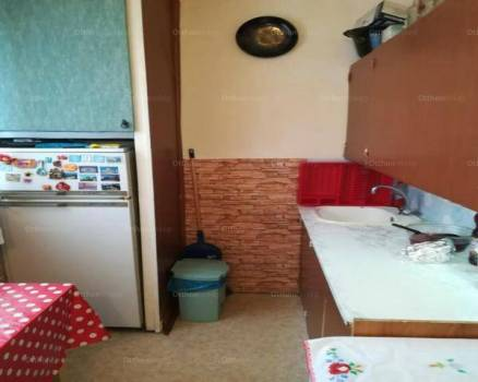 Székesfehérvári lakás eladó, 53 négyzetméteres, 2 szobás