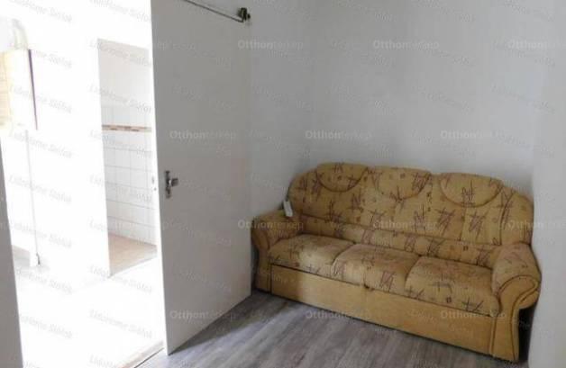Lakás eladó Siófok, 58 négyzetméteres