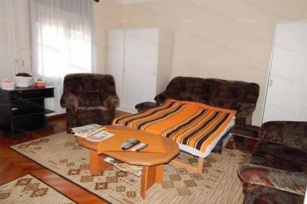 Eladó 5 szobás családi ház Balatonkeresztúr