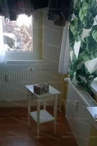 Veszprém lakás eladó, 1 szobás
