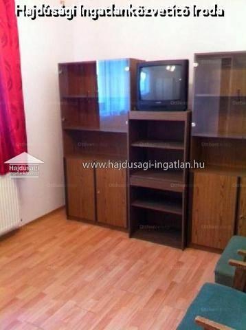 Családi ház eladó Debrecen, 128 négyzetméteres