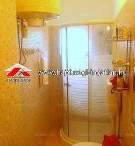 Debreceni eladó lakás, 1 szobás, 34 négyzetméteres