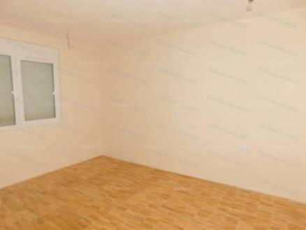 Hévízi új építésű lakás eladó, 65 négyzetméteres, 3 szobás