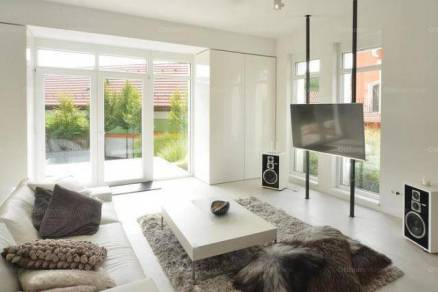 Egerszalók 7 szobás családi ház eladó