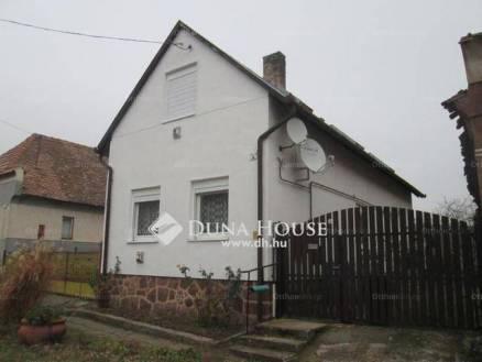 Eladó 3 szobás családi ház Cserkút a Rákóczi Ferenc utcában