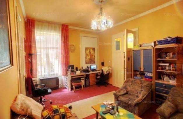 Eladó lakás Corvin negyedben, 2 szobás