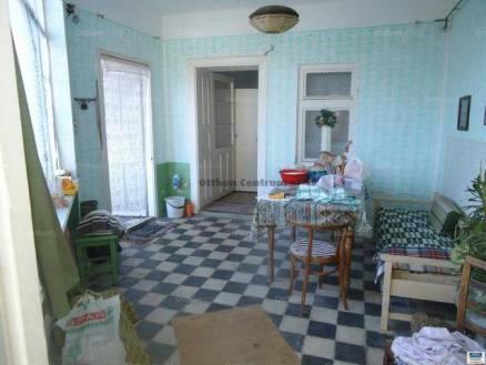 Eladó családi ház Valkó, 4 szobás