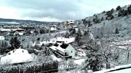 Budaörsi családi ház eladó, 240 négyzetméteres, 4+1 szobás