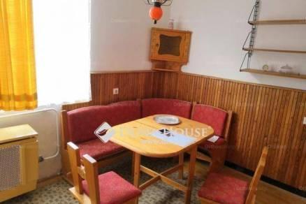 Szolnoki kiadó lakás, 2 szobás, 72 négyzetméteres