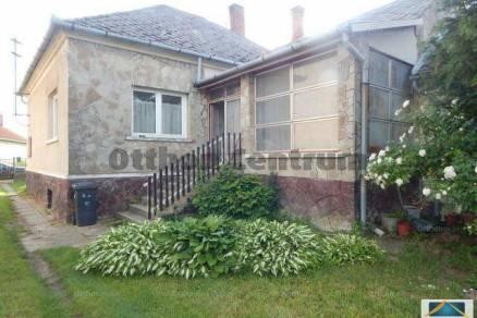 Bérbaltavár 3 szobás családi ház eladó