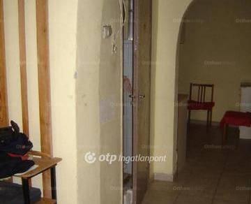 Pécsi eladó ikerház, 2+1 szobás