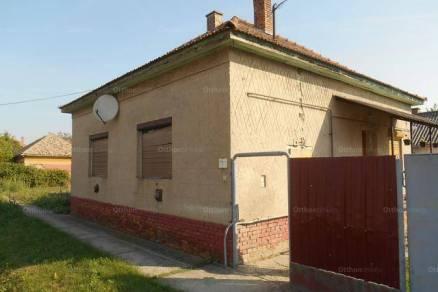 Eladó családi ház Maroslele a Szegfű utcában, 3+2 szobás