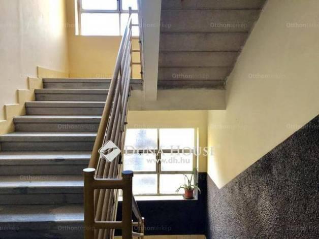 Eladó 1 szobás lakás Krisztinavárosban, Budapest, Kék Golyó utca