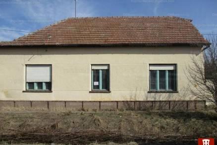 Eladó családi ház Hercegszántó, 2 szobás