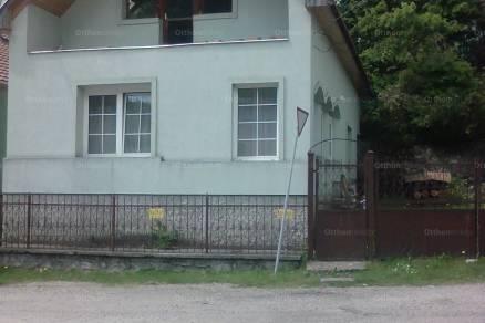 Bükkszentkereszt, Petőfi utca 8.