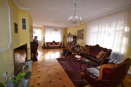 Budapest 10 szobás családi ház eladó