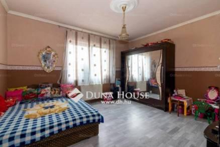 Eladó családi ház, Budapest, 3 szobás