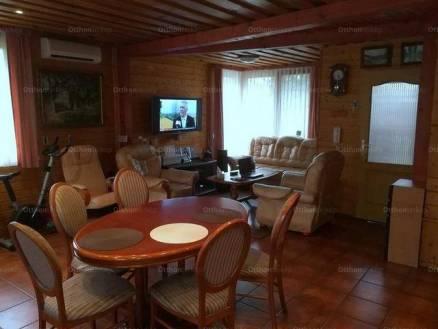 Nyíregyházai családi ház eladó, 90 négyzetméteres, 1+3 szobás