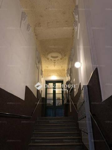Budapesti lakás eladó, Józsefvárosban, Baross utca, 2+1 szobás