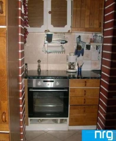 Eladó családi ház Pécs, 2+2 szobás