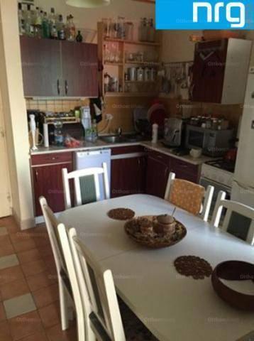 Pécs családi ház eladó, 2 szobás