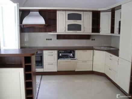 Győri lakás kiadó, 120 négyzetméteres, 4 szobás