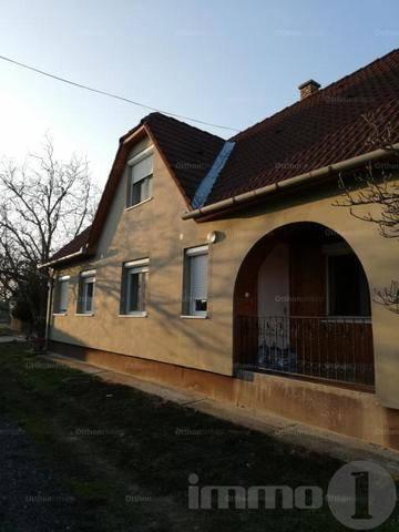 Szigetvár eladó családi ház