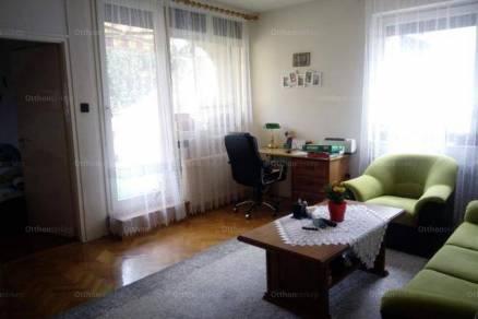 Eladó 4 szobás lakás Pécs