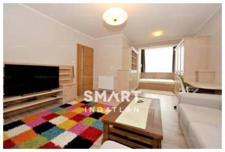 Pécsi eladó lakás, 1 szobás, a Perczel Miklós utcában